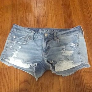 AE SUPER LOW SHORTIE SIZE 2